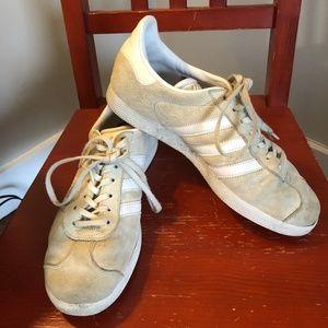 Adidas Gazelles - Cream / US Size 9